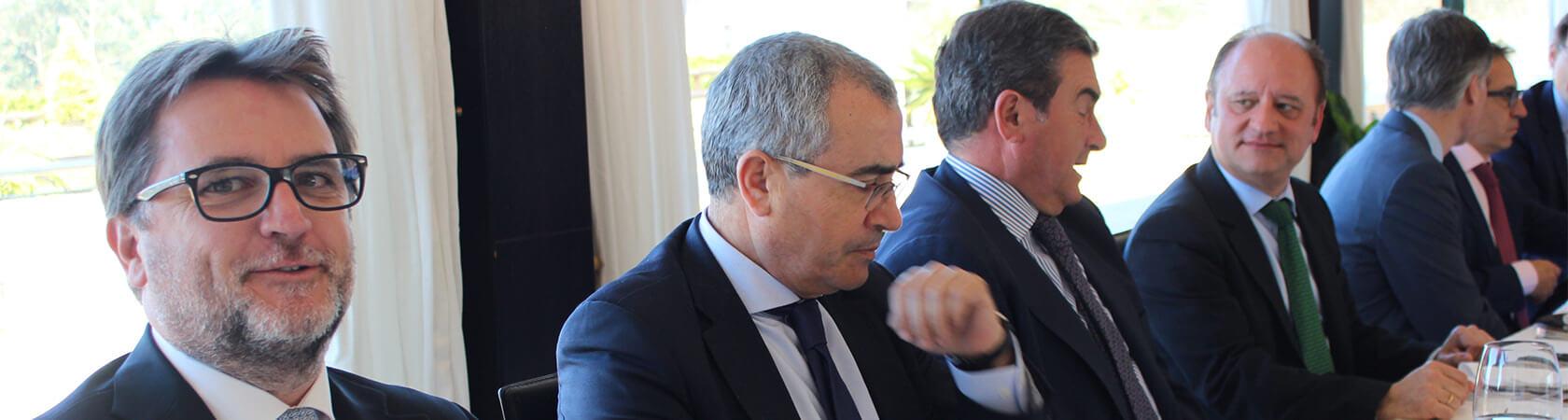 013_2019 3 15 Almuerzo con Pte Xunta y Conselleiro Economía_2