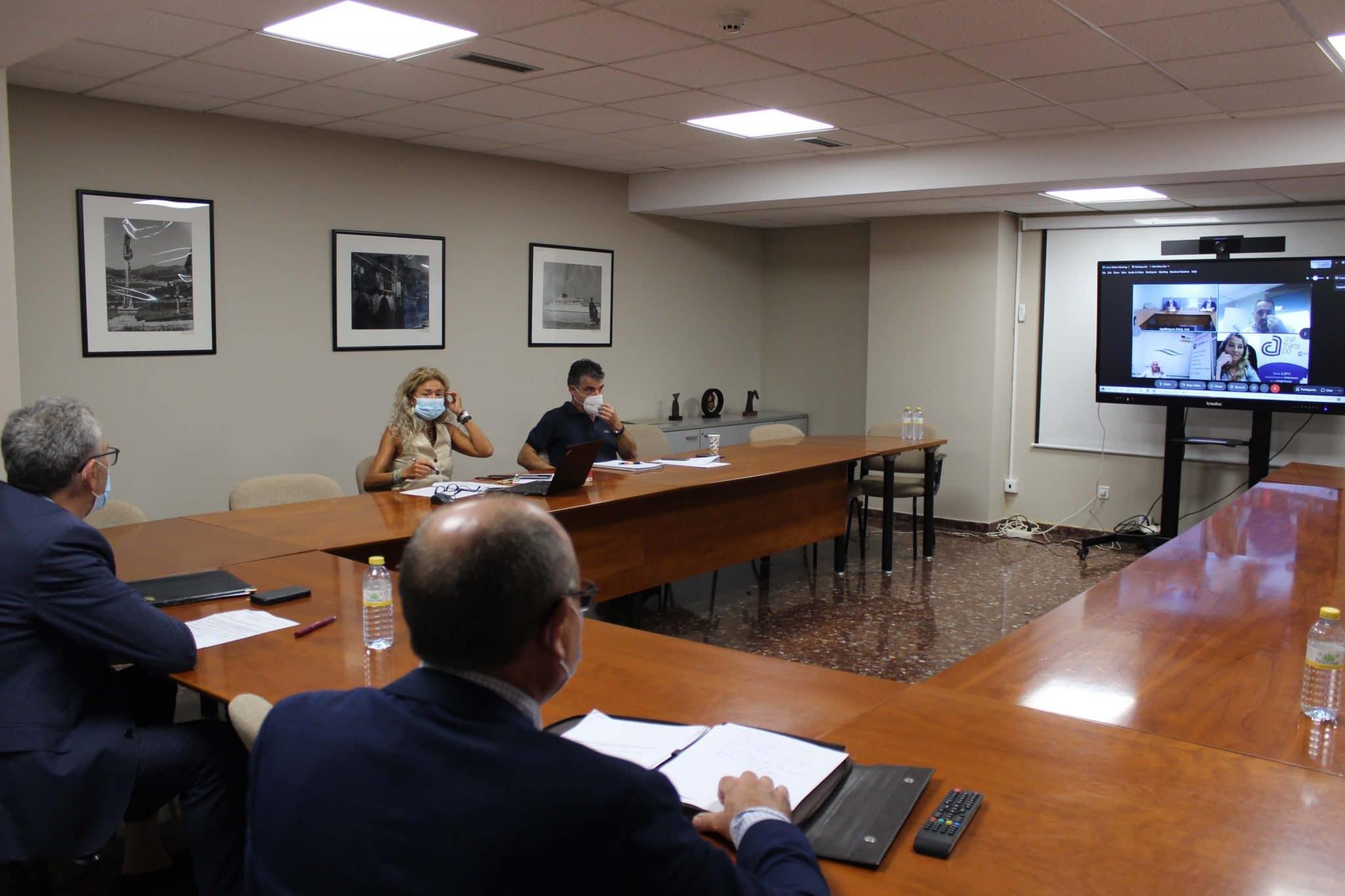 La Comisión de Logística de la CEP recibe a defensores de alta velocidad por Mondariz